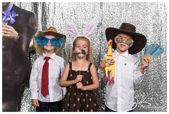 brockville-country-club-wedding-photobooth-stephanie-beach-photography-32