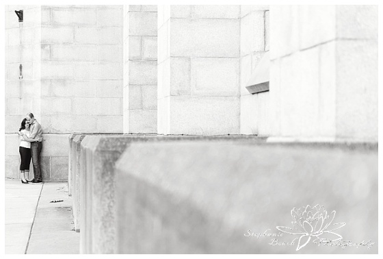 Major-hill-park-engagement-session-downtown-building-ottawa-stephanie-beach-photography