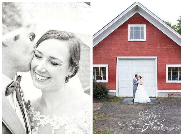 Temples-Sugar-Bush-Wedding-portraits-bride-groom-rain-rainy-day-umbrella-laughter