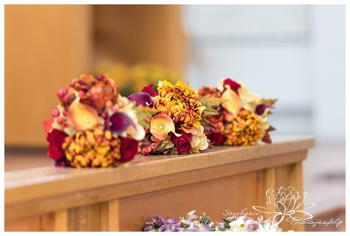 Cornwall-Ramada-Inn-Williamstown-Fairgrounds-Wedding-Stephanie-Beach-Photography-ceremony-bouquet