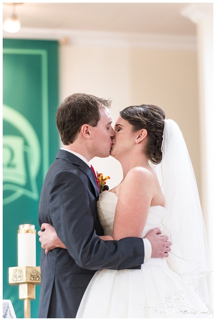 Cornwall-Ramada-Inn-Williamstown-Fairgrounds-Wedding-Stephanie-Beach-Photography-ceremony-kiss