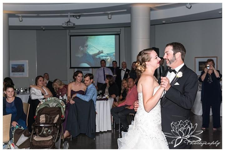museum-of-nature-ottawa-wedding-stephanie-beach-photography-reception-rotunda-first-dance