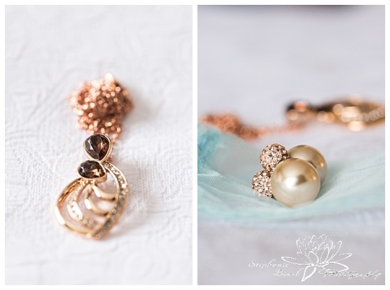 temple's-sugar-bush-fall-wedding-stephanie-beach-photography-bride-preparation-jewellery