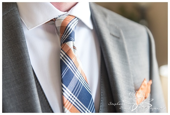 temple's-sugar-bush-fall-wedding-stephanie-beach-photography-groom