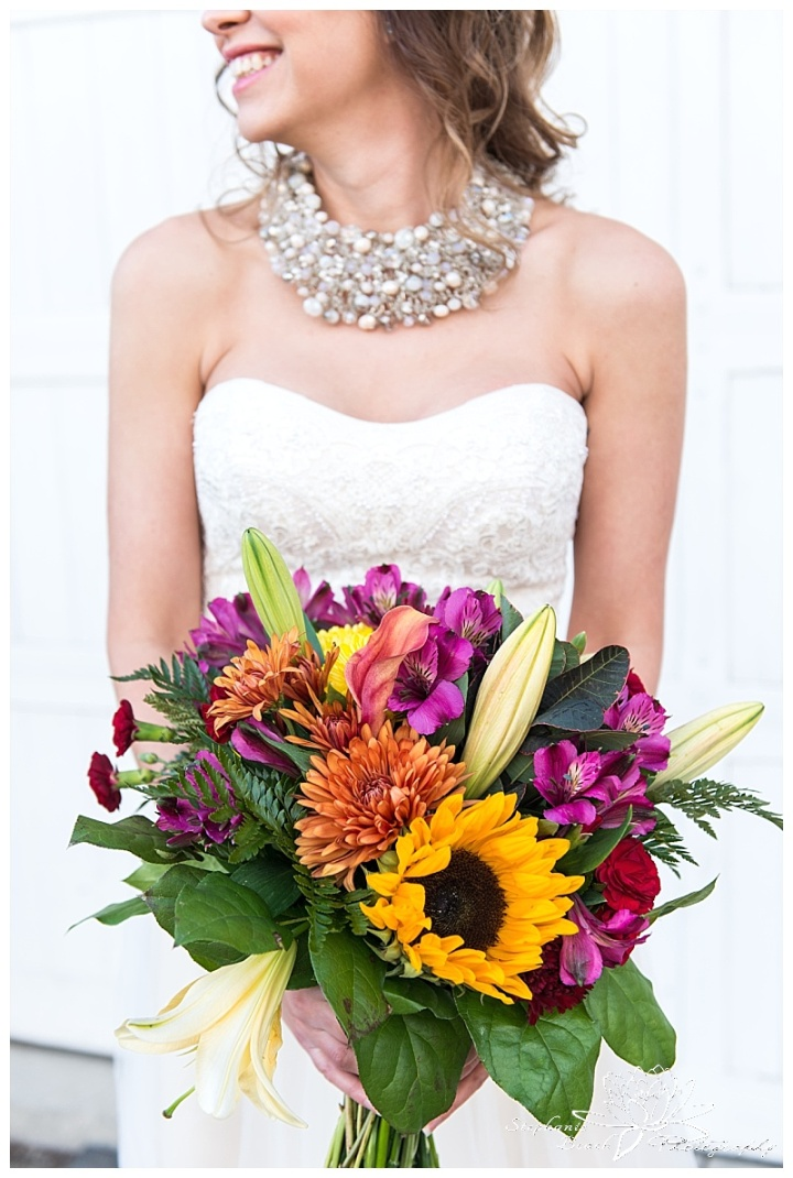 temples-sugar-bush-fall-wedding-stephanie-beach-photography-bride-groom-portrait-bouquet