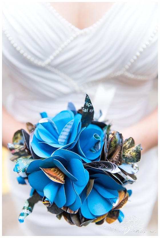 Toronto-City-Hall-Wedding-Stephanie-Beach-Photography-paper-bouquet