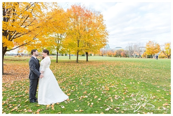 orange-art-gallery-wedding-stephanie-beach-photography-majors-hill-park-portrait-bride-groom