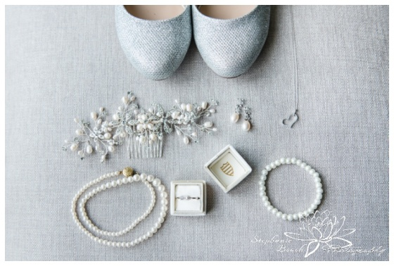 Gatineau-Golf-Club-Wedding-Stephanie-Beach-Photography-bride-details-preparation