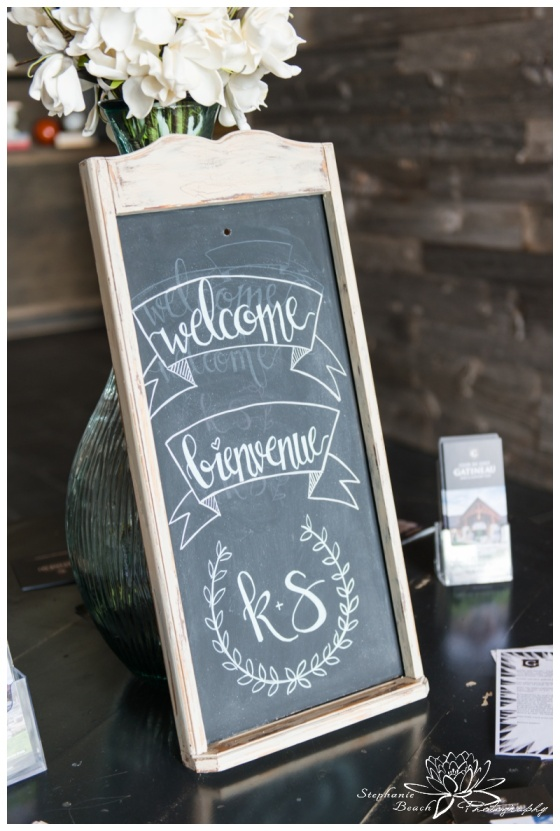 Gatineau-Golf-Club-Wedding-Stephanie-Beach-Photography-ceremony-chalkboard-decor