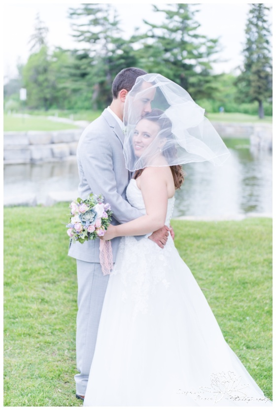 Gatineau-Golf-Club-Wedding-Stephanie-Beach-Photography-bride-groom-portrait-veil