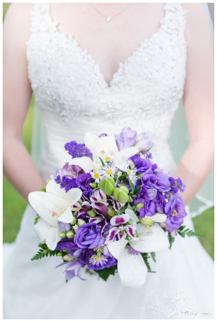 Rideau-View-Golf-Course-Wedding-Stephanie-Beach-Photography-flowers-bouquet