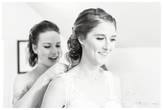Strathmere-Inn-DIY-Wedding-Stephanie-Beach-Photography-bridal-preparation
