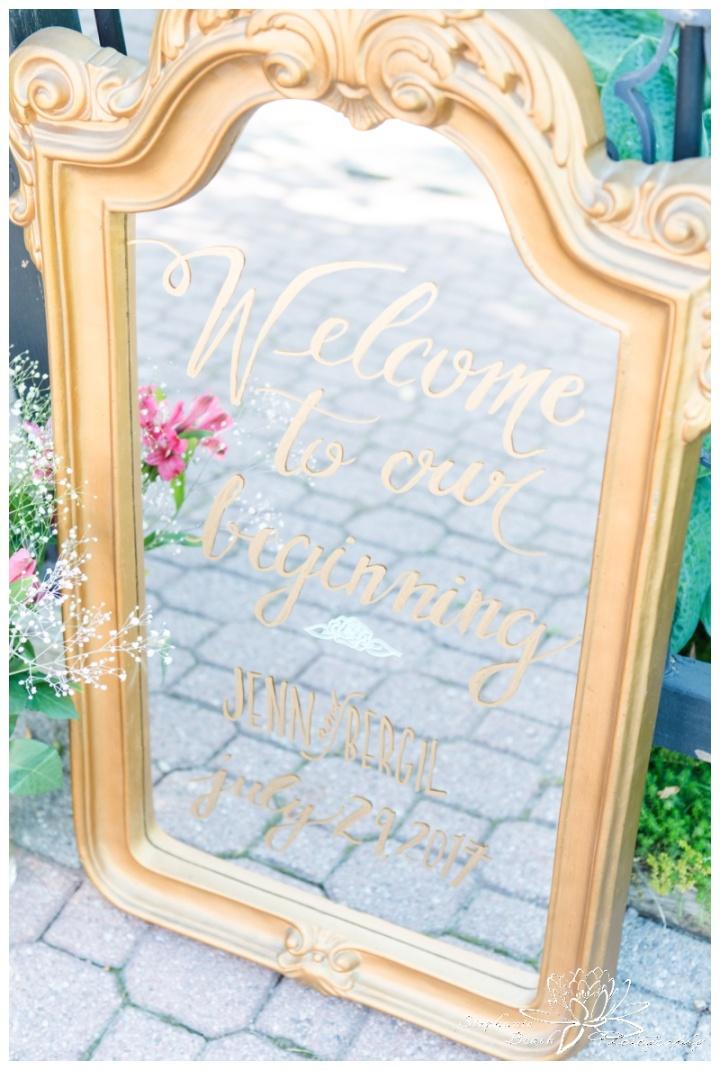 Strathmere-Inn-DIY-Wedding-Stephanie-Beach-Photography-ceremony-decor