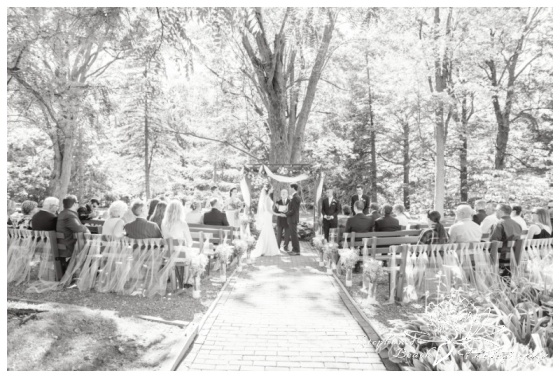 Strathmere-Inn-DIY-Wedding-Stephanie-Beach-Photography-ceremony