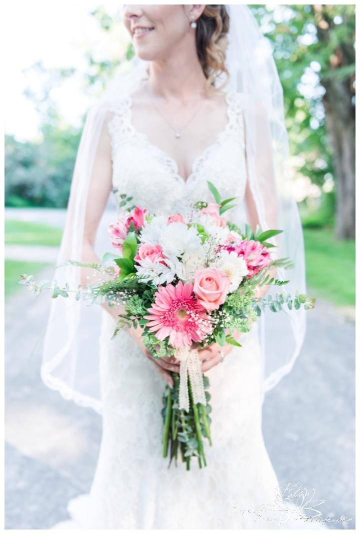 Strathmere-Inn-DIY-Wedding-Stephanie-Beach-Photography-groom-bride-portrait