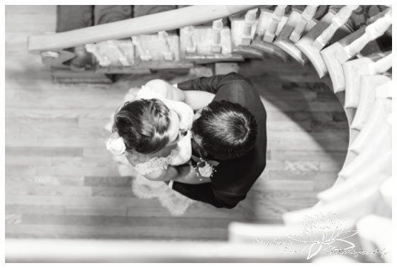 Strathmere-Inn-DIY-Wedding-Stephanie-Beach-Photography-bride-groom-portrait-staircase