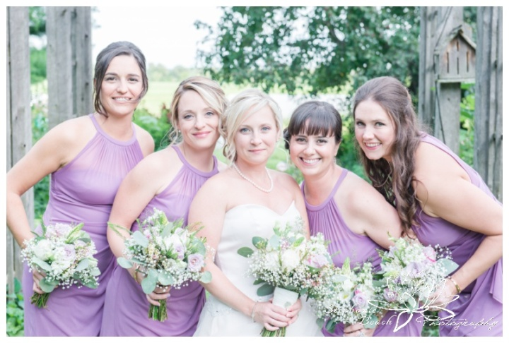 Strathmere-Lodge-Wedding-Stephanie-Beach-Photography-bridesmaids-bouquets-bride