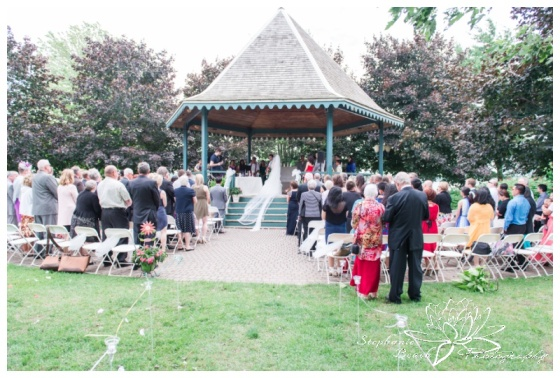 Brockville-Hardy-Park-Wedding-Stephanie-Beach-Photography