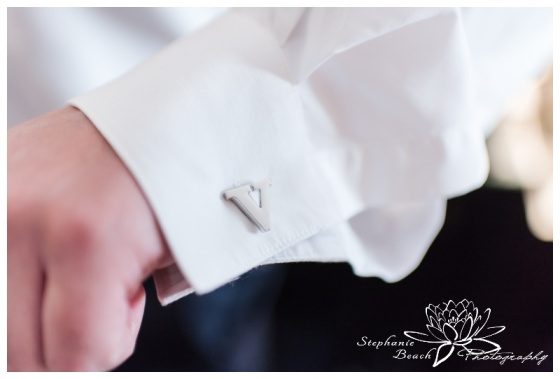 Ottawa-Lago-Wedding-Stephanie-Beach-Photography-groom-groomsmen-prep