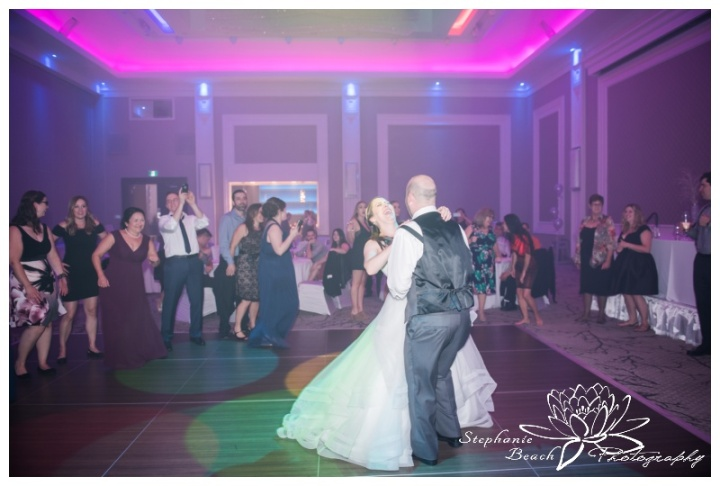 Infinity-Centre-Ottawa-Wedding-Stephanie-Beach-Photography-reception-dancing