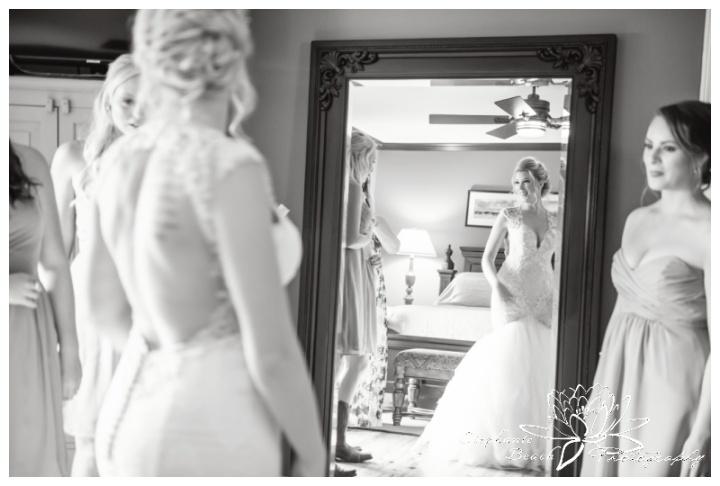 Stanleys-Olde-Maple-Lane-Farm-Wedding-Stephanie-Beach-Photography-bride-prep-mirror