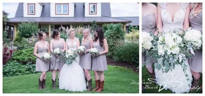 Stanleys-Olde-Maple-Lane-Farm-Wedding-Stephanie-Beach-Photography-bride-bridesmaids-farmhouse-bouquets