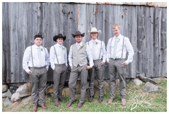Stanleys-Olde-Maple-Lane-Farm-Wedding-Stephanie-Beach-Photography-groom-groomsmen-barn