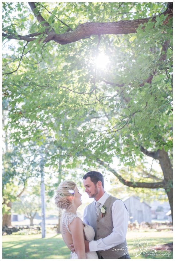 Stanleys-Olde-Maple-Lane-Farm-Wedding-Stephanie-Beach-Photography-sunflare-bride-groom