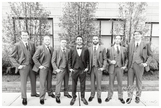 Strathmere-Lodge-Wedding-Stephanie-Beach-Photography-groom-portrait-groomsmen