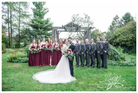 Strathmere-Lodge-Wedding-Stephanie-Beach-Photography-bride-groom-bridesmaids-groomsmen-portrait