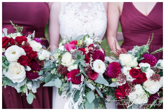Strathmere-Lodge-Wedding-Stephanie-Beach-Photography-bride-bridesmaids-bouquet-flowers