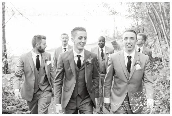 Ottawa-Fall-Wedding-Stephanie-Beach-Photography-groomsmen-portrait