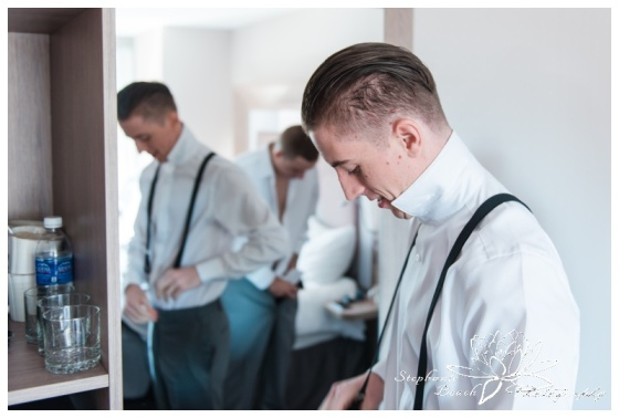 Ottawa-Fall-Wedding-Stephanie-Beach-Photography-groom-prep