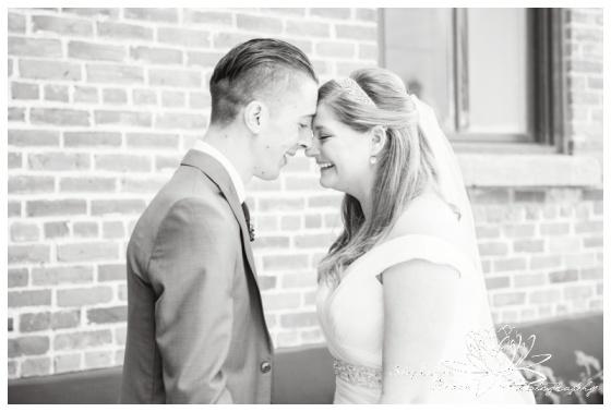 Ottawa-Fall-Wedding-Stephanie-Beach-Photography-first-look-bride-groom
