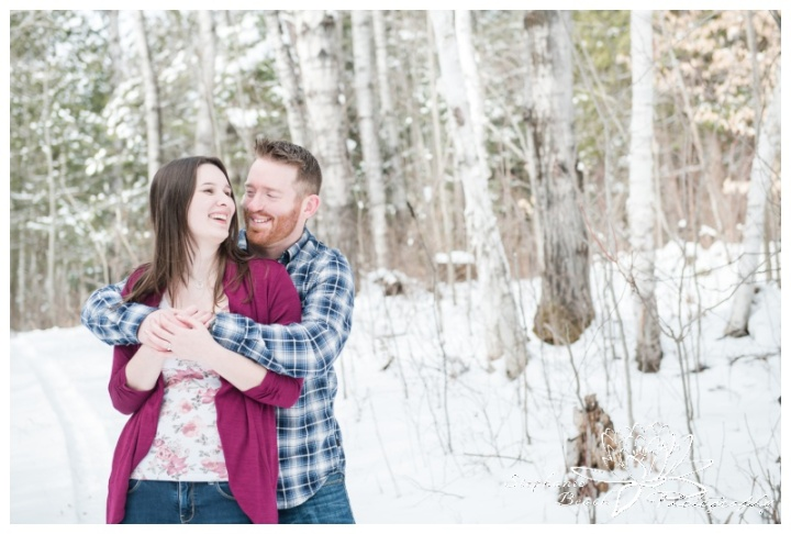 Ottawa-Valley-Winter-Engagement-Session-Stephanie-Beach-Photography
