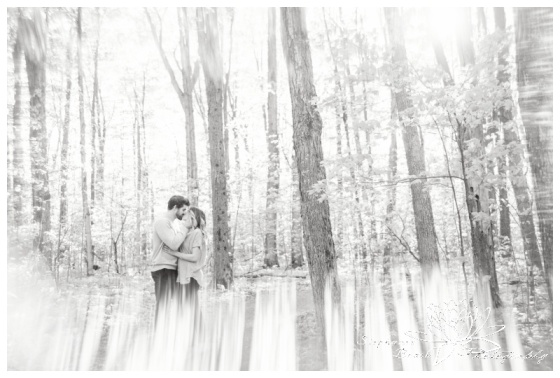Monk-Environmental-Park-Kanata-Forest-Engagement-Session-Stephanie-Beach-Photography