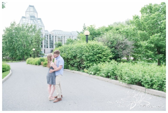 Major's-Hill-Park-Ottawa-Canal-Engagement-Session-Stephanie-Beach-Photography-national-art-gallery