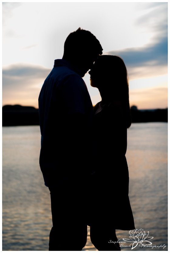 Major's-Hill-Park-Ottawa-Canal-Engagement-Session-Stephanie-Beach-Photography-sunset-silhouette