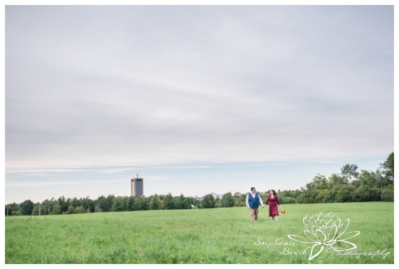 Hogs-Back-Park-Engagement-Session-Stephanie-Beach-Photography
