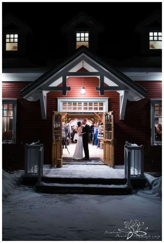 Temples-Sugar-Bush-Winter-Wedding-Ottawa-Perth-Stephanie-Beach-Photography