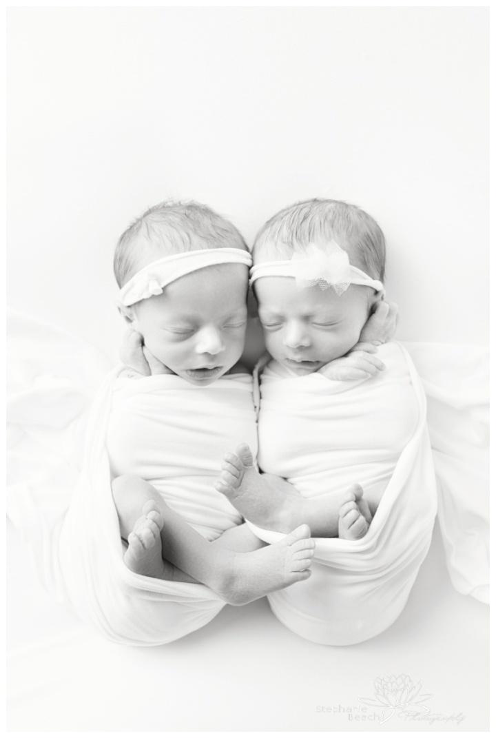 Ottawa-Studio-Newborn-Photography-Stephanie-Beach-Photography-identical-twins-girls