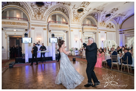 Ottawa-Notre-Dame-Chateau-Laurier-Wedding-Stephanie-Beach-Photography