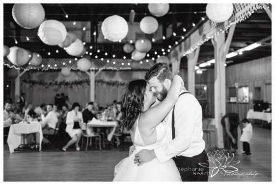 Almonte-Agriculture-Hall-Wedding-Stephanie-Beach-Photography