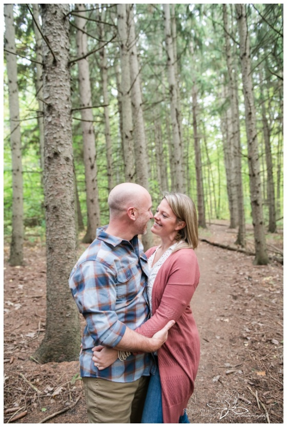 Ottawa-Fall-Engagement-Session-Stephanie-Beach-Photography