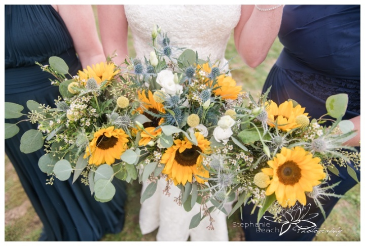 Ottawa-Fall-Backyard-Wedding-Stephanie-Beach-Photography-sunflower-bouquet-bridesmaids